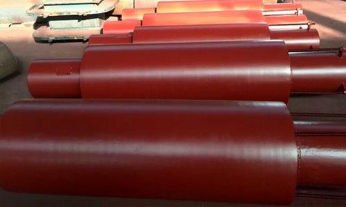 金属膨胀节是由一个或几个波纹管及附属结构组成?